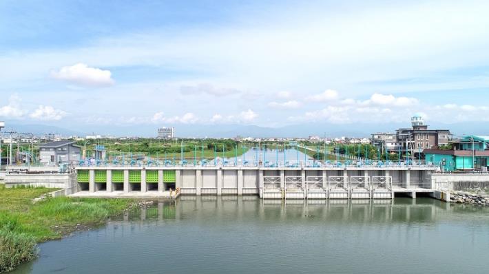 第一河川局「五結防潮副閘門改建工程」設施類第三名_圖示