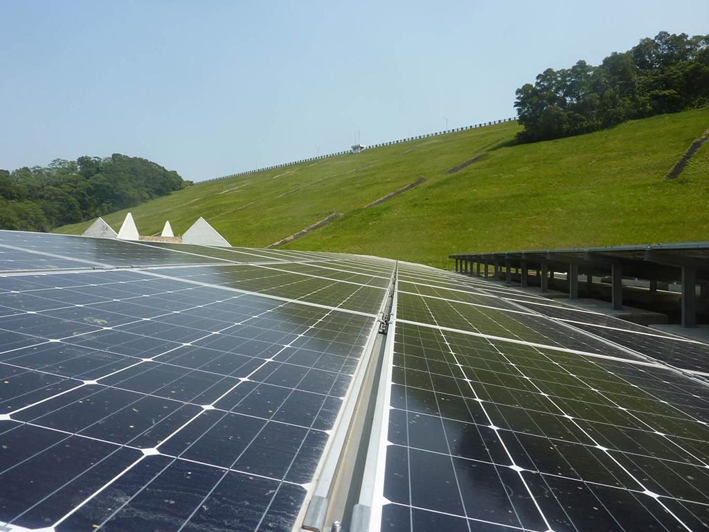 寶山第二水庫太陽光電發電系統近照_圖示