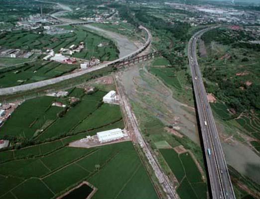跨越鳳山溪的主要橋樑_圖示