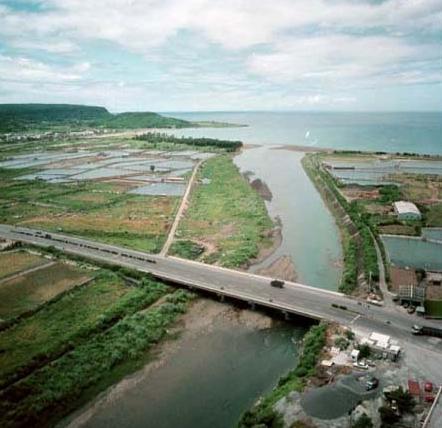 四重溪與保力溪兩溪出海口相距甚近_圖示