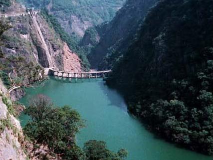 位於大漢溪上游的榮華大壩_圖示
