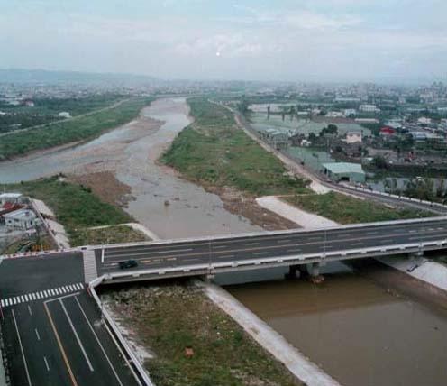 旱溪在六順橋附近改道併入大里溪_圖示