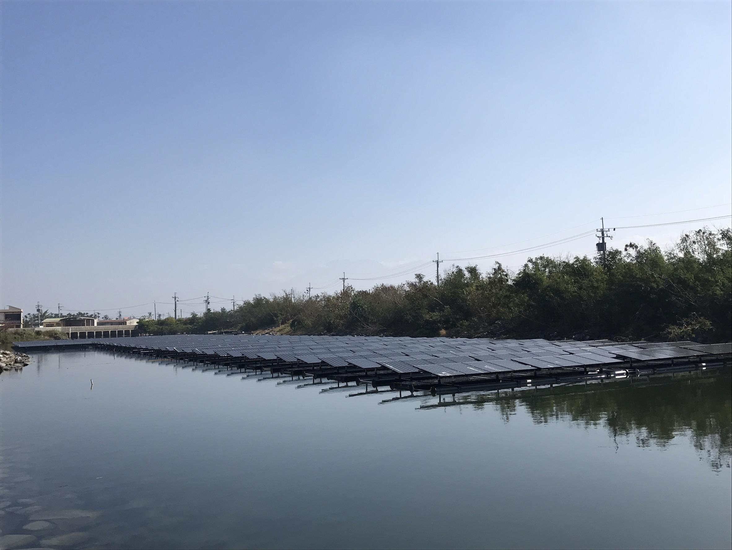 屏東縣政府提供烏龍排水滯洪池太陽光電_圖示
