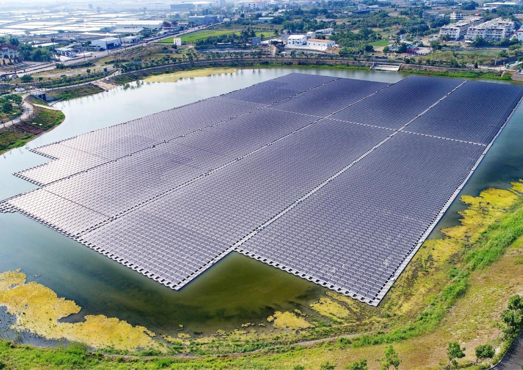 高雄市政府提供永安太陽光電近照_圖示