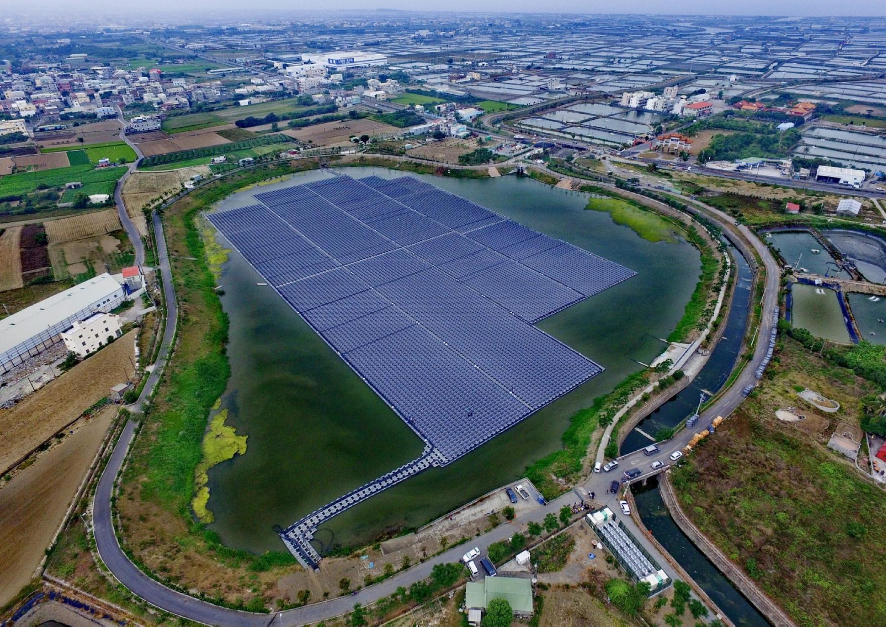 高雄市政府提供永安水域型太陽光電_圖示