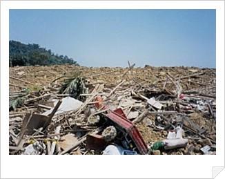地震發生三天後之情形-廢棄物